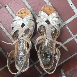 Gianni Bini wedge metallic shoes!!!
